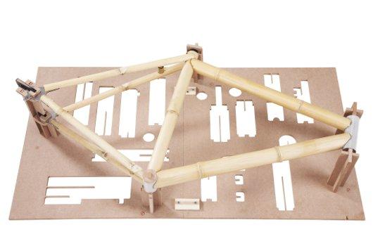 Armazón de bicicleta de bambú